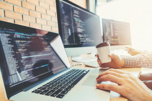 Kako poteka izdelovanje spletne strani?