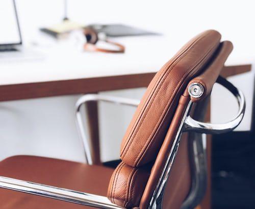 Konferenčni stoli – velika in pestra izbira tudi v spletni trgovini odličnega proizvajalca
