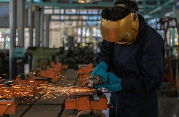 Lesena oprema v delavnici