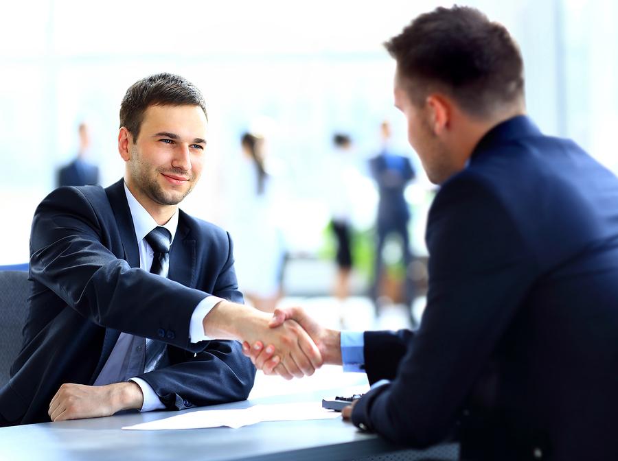 Pomoč pri poslovnem komuniciranju in organizaciji poslovnih dogodkov